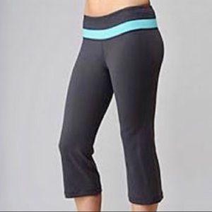 Lululemon Reversible Cropped Groove Yoga Pants 6